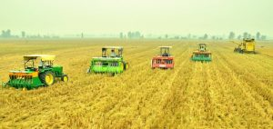 Better farmer access to machinery eases crop residue burning in India